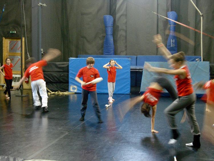 circus club Dordogne